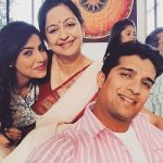 Ginni Kapoor with Mother