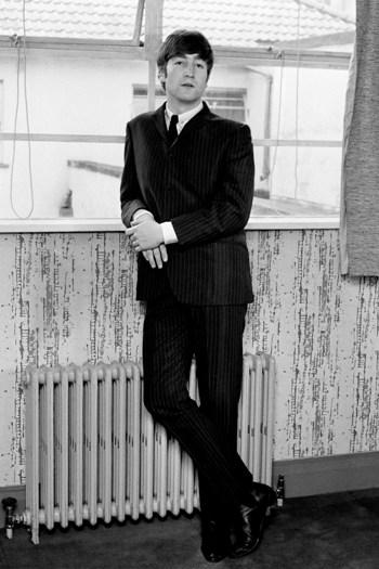 John Lennon in his young skin