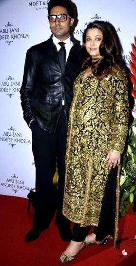 Abhishek with Aishwarya during her pregnancy