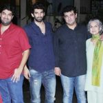 Kunaal Roy Kapur with his mother, and brothers