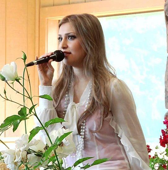 Afghan Singer Mozhdah Jamalzadah