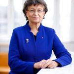 Anna Eberstein's mother Susanne Eberstein