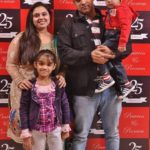 Bhawna Kohli Dingra with her husband & her children