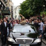 Céline Dion In Her Car Mercedes