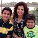 Divyansh Dwivedi with mother and brother