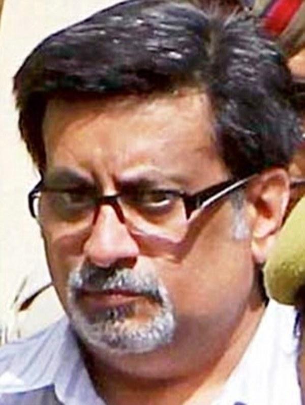 Dr Rajesh Talwar