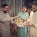 Farhan Azmi with parents