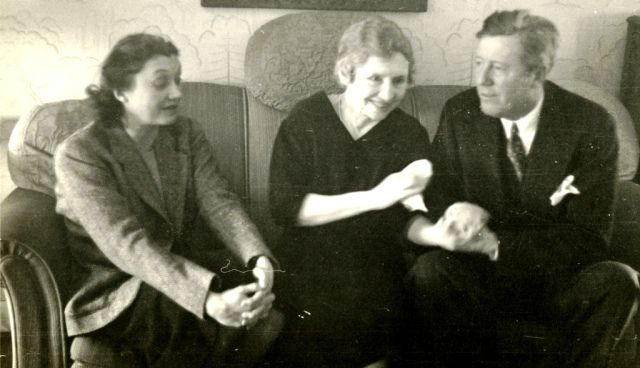 Helen Keller With Friends