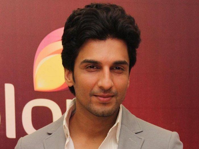 Manish Raisinghan Profile