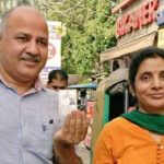 Manish Sisodia With His Wife