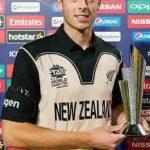 Mitchell Santner MitchellReceiving 'Man of The Match Award'