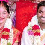 Muttiah Muralitharan With His Wife Madhi Malar