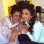 Nigaar Khan Sisters