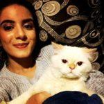 Nikki Sharma loves cats