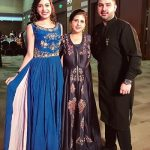 Palak Purswani with her mother and brother