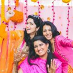 Pallavi Batra with her sisters