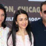 Priya Dutt With Her Siblings