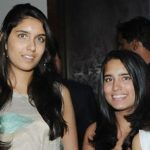Rekha Mallya with her daughters, from left (Laila Mallya, Leanna Mallya, Tanya Mallya, herself)