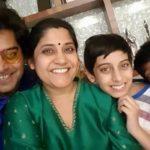 Renuka Shahane with her husbnd & children