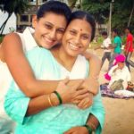 Reshma Shinde with her mother
