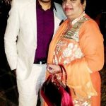 Rohan Gandotra mother Meenakshi Gandotra and brother Prateek Gandotra