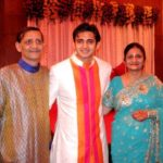 Romit Raj with his parents
