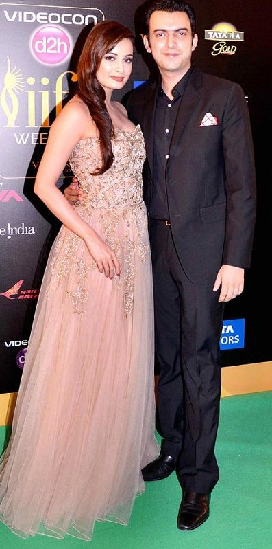 Sahil Sangha with his wife Dia Mirza