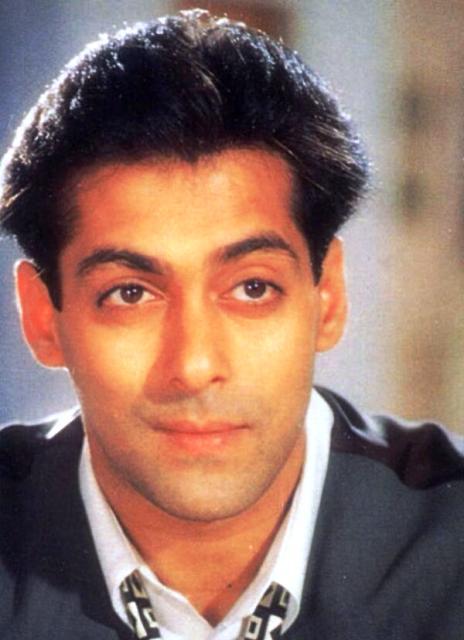 Salman Khan - Jab Pyaar Kisise Hota Hai hairstyle