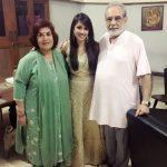 Shruti Kharbanda with her parents