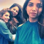 Shruti Sinha with her mother and sister