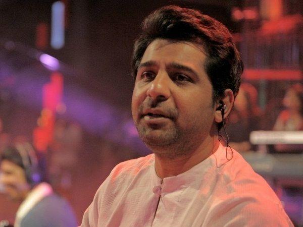 Singer Shuja Haider