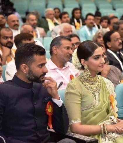 Sonam Kapoor and Anand Ahuja at the 2017 National Awards
