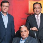 Subhash Chandra With His Sons Amit (Left) And Punit (Right)