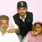 Tajinder Singh With His Parents