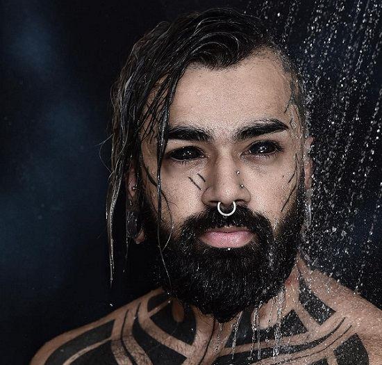 Tattoographer Karan first ever Indian to get his eyeballs tattooed