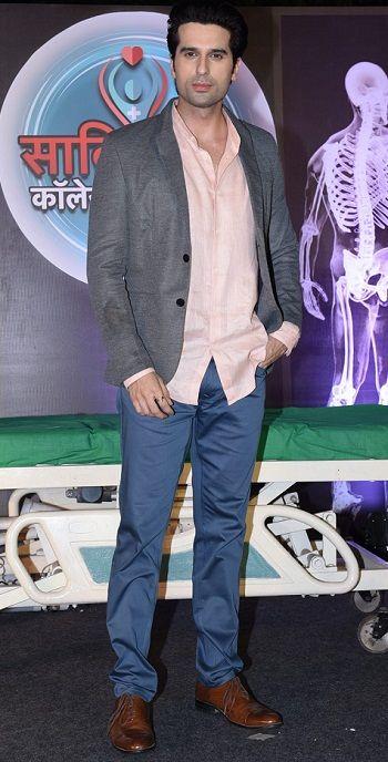 Vikram Sakhalkar