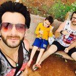 Vineet Raina with brother and nephew