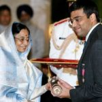Viswanathan Anand Receiving Padma Vibhushan From The Former President of India Pratibha Patil