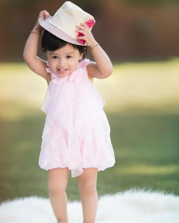 Ziva Dhoni Posing In Pink