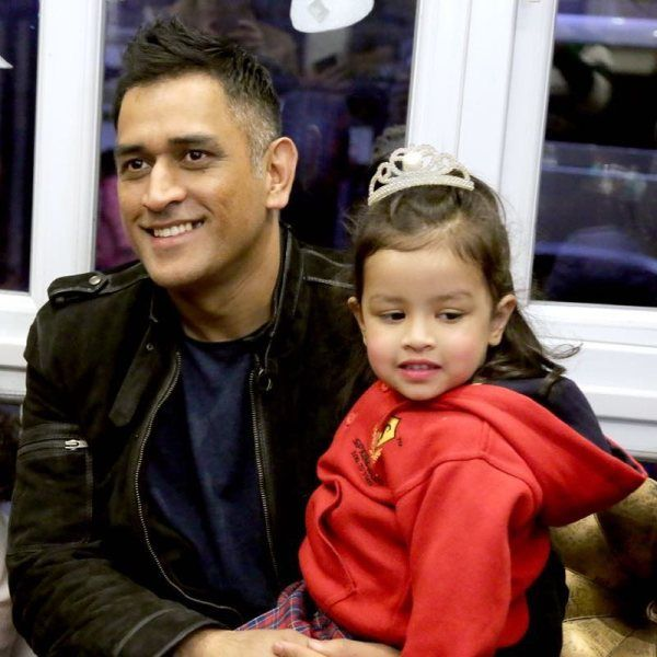 Ziva Dhoni With Her Father At The First Annual Day Of School