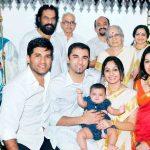 vijay yesudas family